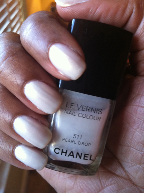 Chanel Pearl Drop. Season: Spring 2011 Shade: Iridescent Pale White Gold Finish: Frost Top Coat: CND Air Dry