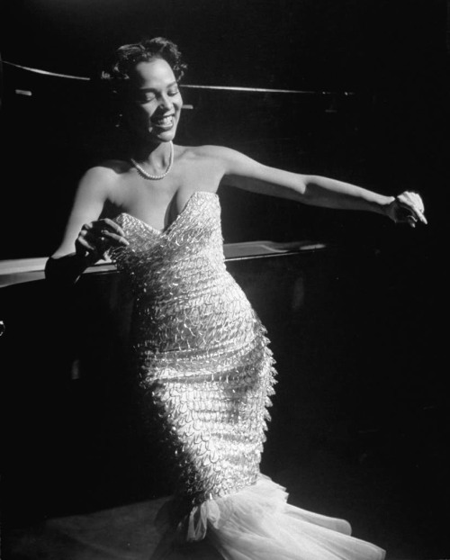 hollyhocksandtulips:  Dorothy Dandridge