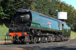 Image: SR WC Class No.34007 Wadebridge at Ropley. Steamy Talks No.17: He Did… Wadebridge: Ha, ha, haaa…! Well, well… I may be old… But at least I have yet to be caught in a embarrassing position like that!