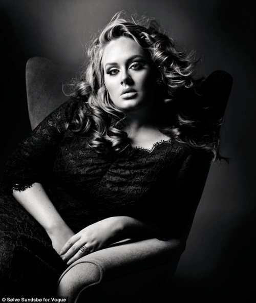 Que bella Adele! Don't tell me you weren't swooned over by this beautiful image of Adele featured in the October issue of Vogue UK. Love it and looking forward to read - next to the Adele feature- Lisa Armstrong's piece on British Women, the interview with Alaia and seeing Jane Birkin's style. Source: Vogue/ Picture by Solve Sundsbo