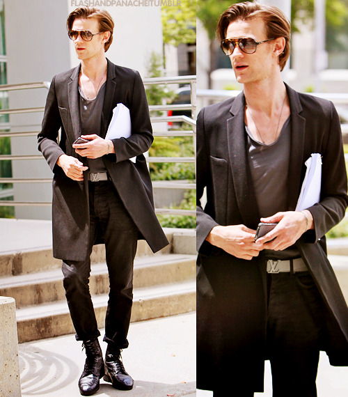 flashandpanache:  Matt Smith out and about in Hollywood, 2011.