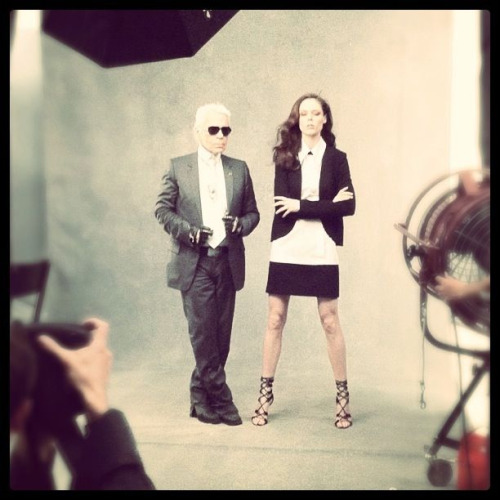 NEW YORK! Come see Karl Lagerfeld and I in person at Macy's on 34th street… in one hour! No joke, you better run!!