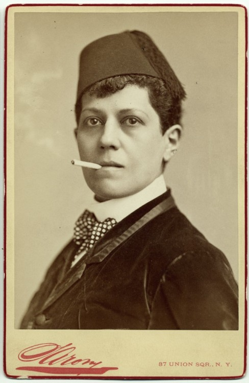 1880s Ella Wesner, male impersonator. (via dreams like that)