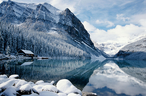 definitelydope:  Lake Louise,  Canada (by David May)
