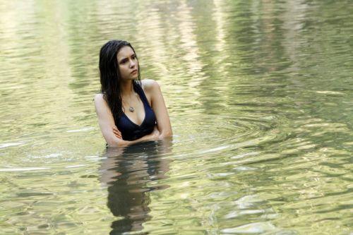 true-diaries:Elena Gilbert → Season 3 Promo Photo