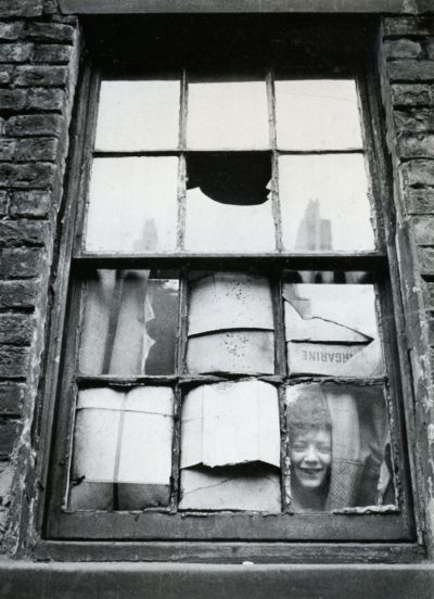 liquidnight:  Thurston Hopkins In the slums Liverpool, 1955 From Thurston Hopkins