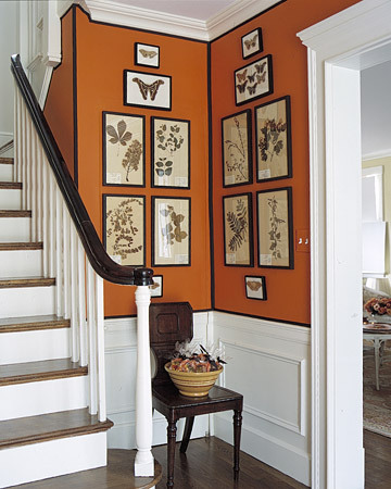 I love the paint job in this foyer!