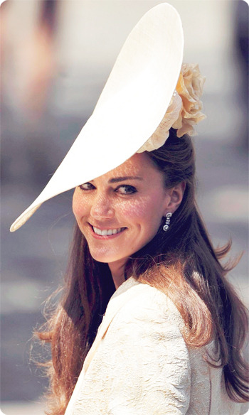 DEAR KATE,WHO WAS BORN MIDDLETON, WILL NEVER BE DIANA. FACE IT!