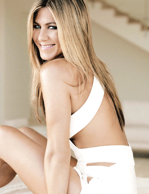DEAR JENNIFER ANISTON,WHY SO DAMN PERFECT?