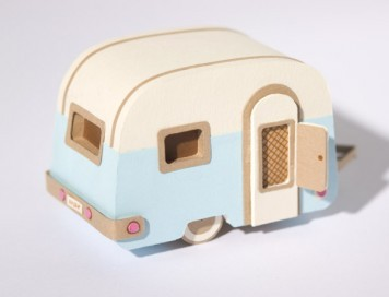 craftdiscoveries:  How to build a caravan | Jacqueline Wagner