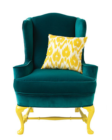 such a bright & chic color combination…