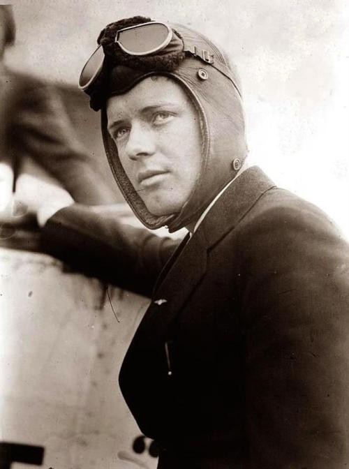 mydaguerreotypeboyfriend:  Charles Lindbergh, c. 1925 First boyfriend to fly across the Atlantic ocean non-stop. Submitted by the-other-weasley  Hello handsome!  And in your handsome hat…