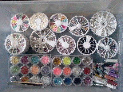 If anyone is curious, this is where I keep all my 3d nail art supplies. I'm kind of obsessed. Idk why, but I'm just in a really good mood!