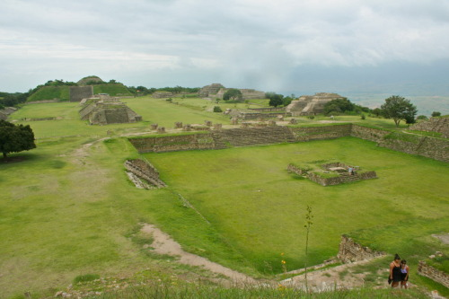 PHOTO OF THE DAY: Monte Alban, Oaxaca, Mexico More info and photos of this gem coming soon…