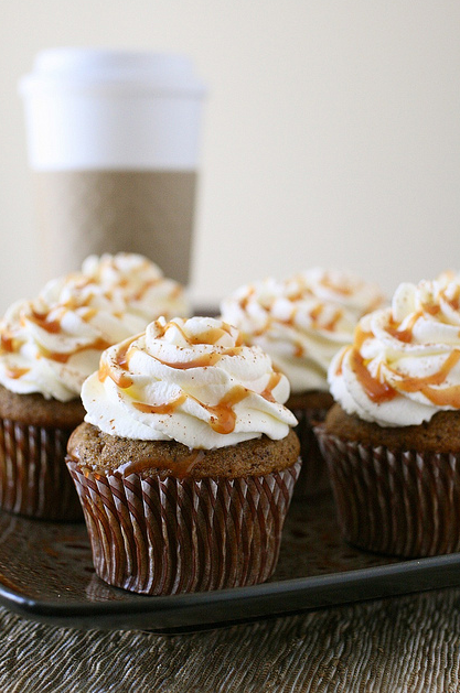celebratewithcake:  WELCOME FALL! Pumpkin Spice Latte Cupcakes from Annie's Eats