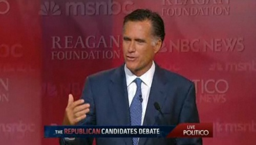 Romney delivers a jobs-focused response to a question on immigration, arguing that lax hiring enforcement attracts illegal immigrants. This keeps jobs—his perceived strong suit—in the picture.