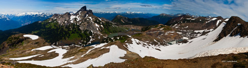 Black Tusk and surrounding mountains, view from Panorama Ridge, Garibaldi Provincial Park. www.conception-studio.com©2011 Justin Beckett