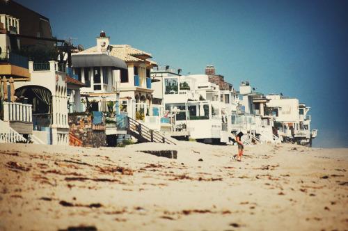 A stroll down Billionaire's Beach.