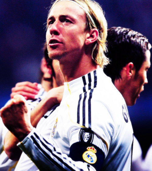 dvcardec:  I can't believe Guti is retiring. Thank you for your Madridismo, for your crazyness, and most of all for your amazing futbol.  Gracias Guti! Gracias!