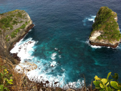 Banah Cliff, Nusa Penida | Bali - Indonesia Courtesy: http://travelfish.org