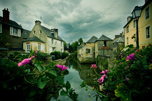 allthingseurope:  Bayeux, France (by -stacey-)