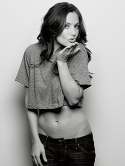 Minka Kelly. Yes.
