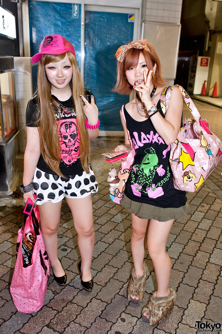 tokyo-fashion:  Fun Harajuku girls in Banana Fish, Galaxxxy, and WC.