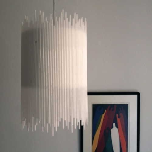 Drinking Straw Chandelier - DIY Photoset  (via Project 27 Week 29 – White Straw Chandelier | the 3 R's blog)