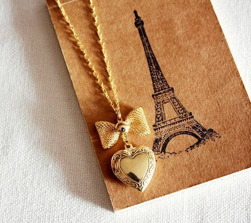 chubbiturtle:  Beautiful Collection Of Accessories : theBERRY on We Heart It. http://weheartit.com/entry/14473071