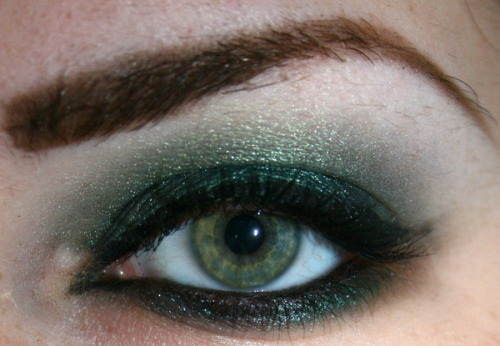 Check out Beautylish Beauty Kristin R.'s gorgeous emerald smoky eye! Check out this makeup tutorial to get a similar look!
