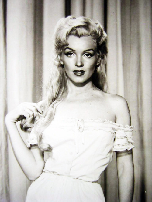 "vintagegal:  Marilyn Monroe in ""River of no Return"" 1954"