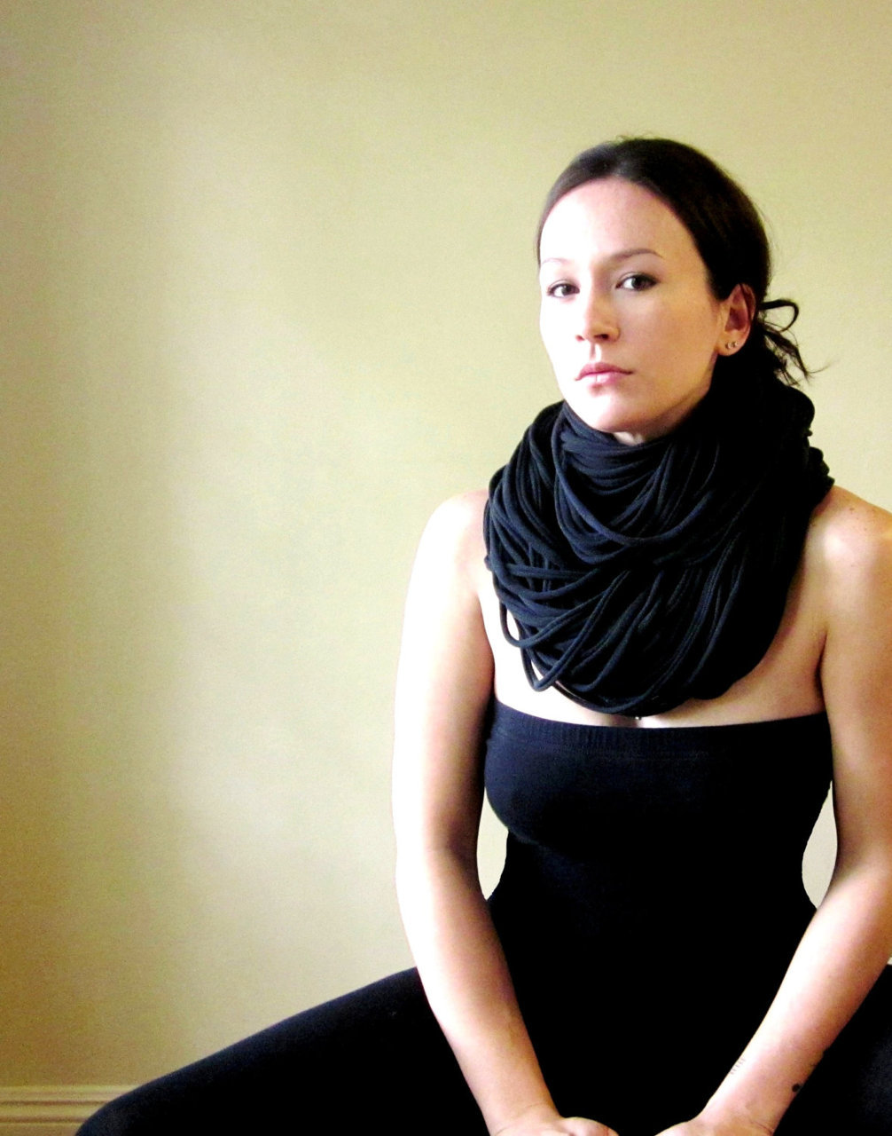 EcoShag | THE SUPER CHUNKY cotton jersey scarf in black It's all about neck pieces for me … this one is nice and dramatic.