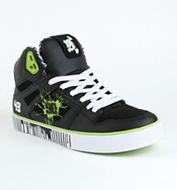 Definitely already own a pair of Ken Block Spartans. Definitely want this design though! You can't see it in this pic but the inner lining is drip printed like the sole and they are just too much. Must.. resist.. spending uni savings…..
