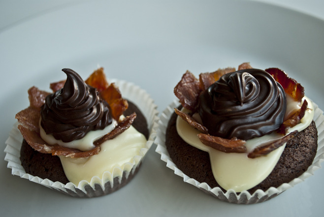 Bacon: We like it in a set. Chocolate and Bacon Cupcakes