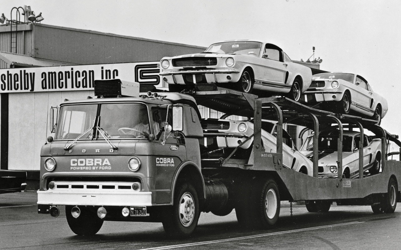 clynshaw:  Shelby GT350 delivery, 1966!   Stop by my house please.