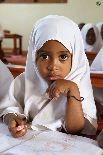 taybamuslimah:  Ramadan 2010, Tanzania by IHH Humanitarian Relief Foundation/TURKEY on Flickr.