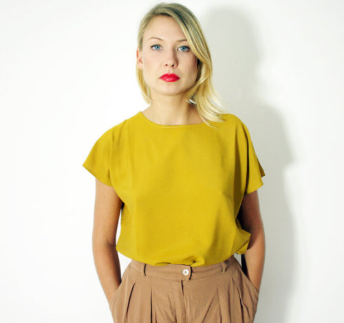 lisafree:  (via Vintage blouse cap sleeve mustard size M/L by nemres on Etsy) pretty perfect.  i know i don't need any new clothes but goddamn this is temptingly affordable and chic.