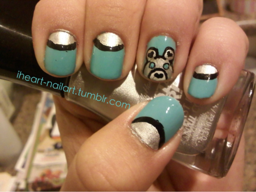 iheart-nailart:  Reverse/half-moon mani featuring a bear as an accent (:
