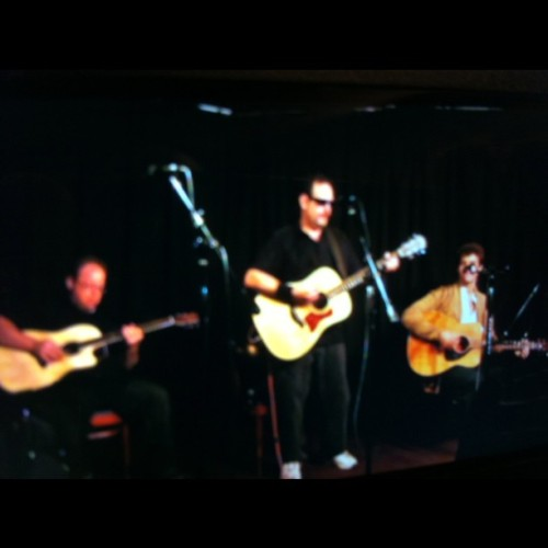 Jon Leslie and friends rocked @ Genghis Cohen. Photo taken with instagram by Steven Swimmer in 2011.