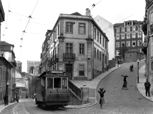 m3zzaluna:  lisbon street scene with tramcar, estremadura, portugal photo by w. robert moore