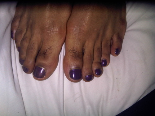 Treated the boy to a pedicure, now his feet are looking lovely. Pahahahahhaa.