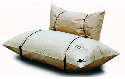 simplypi:  The Lightweight, Recycled Works of Malafor's Blow Sofa