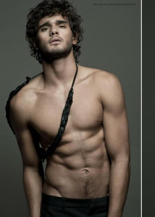yellowasian:  Marlon Teixeira | Fiasco #14