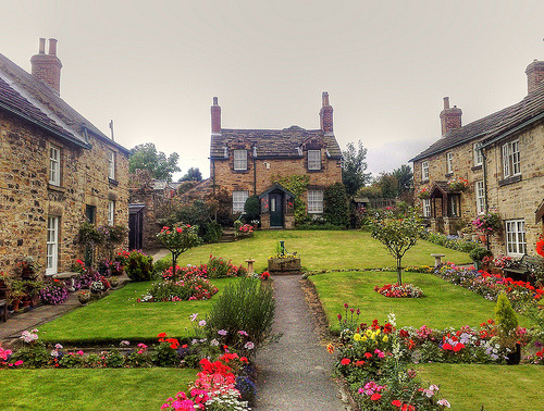 allthingseurope:  Wentworth, Yorkshire, England (by woodytyke)