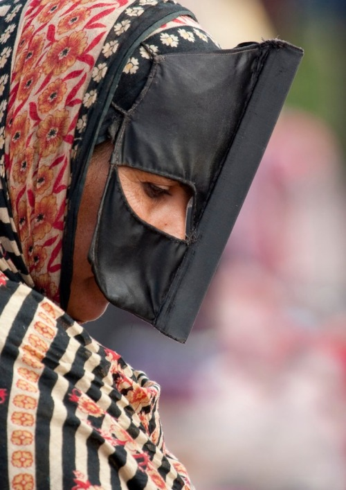 culturalcrosspollination:  Bedouin Woman