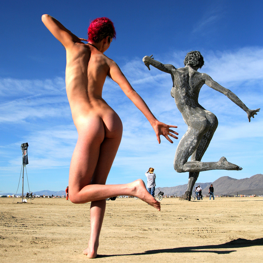 specialnudes:  Burning man