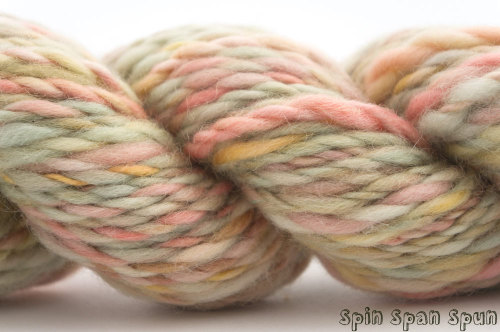 yarnstash:  (via Heaven HandSpun and Hand dyed Yarn Leicester wool by SpinSpanSpun)