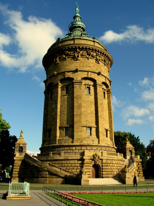 Function & Form - Heidelberg Water Tower