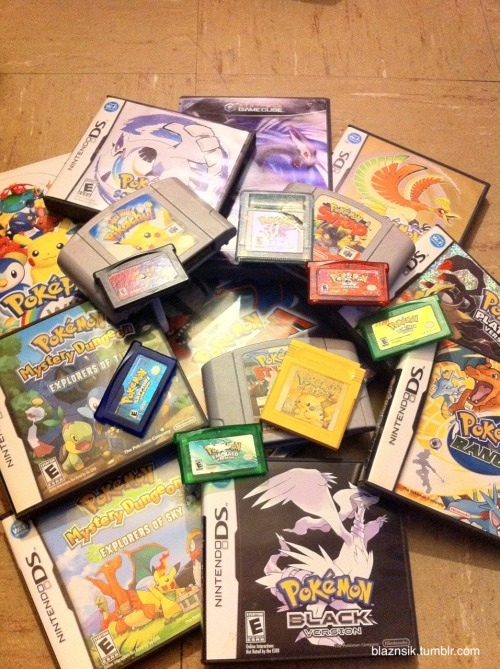 blaznsik:  Yup, these are all mine xD  Another shot of my games
