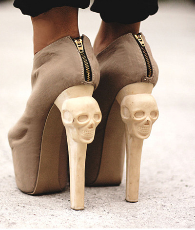 Zip Skull Pumps